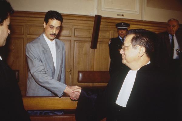 Terora advokāts - Abderrahmane Benhamida, Bachir Boumaaza , Isabelle Coutant-Peyre