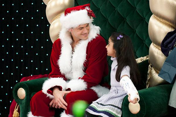 Izmisīgi meklējot Ziemassvētku vecīti - Natalie Krill , Gerry Mendicino