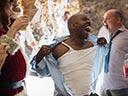 Trakā Ziemassvētku ballīte birojā - Olivia Munn , T.J. Miller