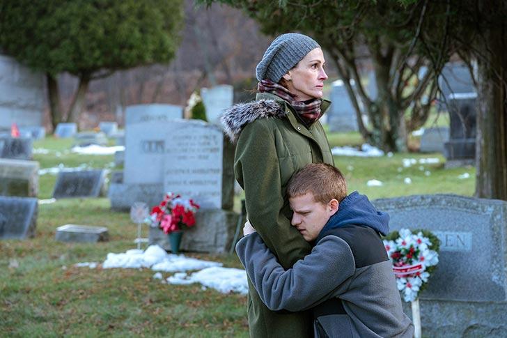 Bens ir atgriezies - Lucas Hedges , Courtney B. Vance